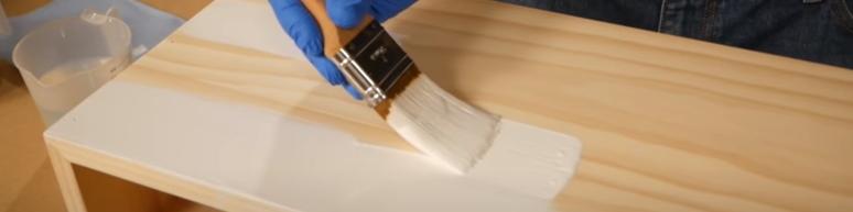 Выбор кистей для покраски дерева