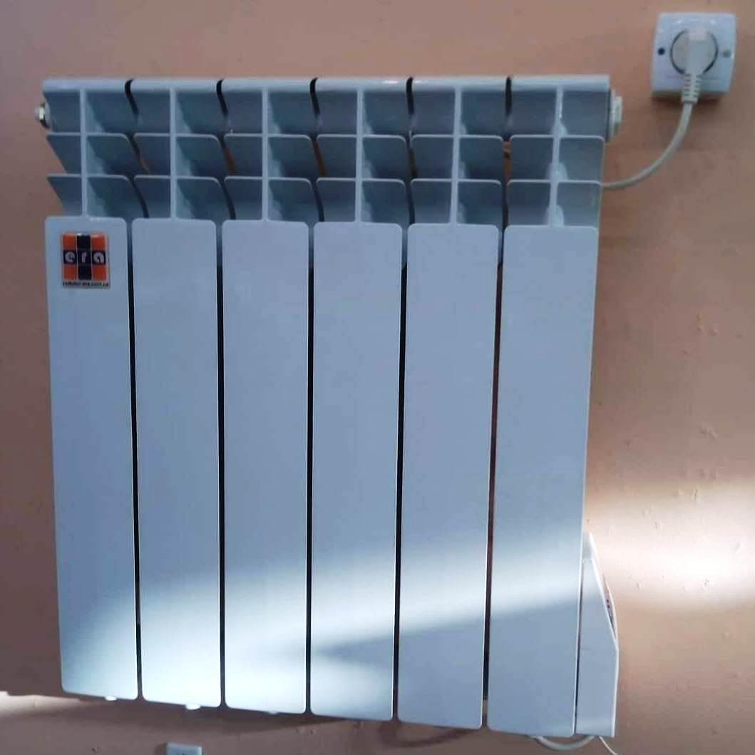 Алюминиевый электрообогреватель ЭРА+ на 650 Ватт для обогрева клмнаты в 11 метров квадратных