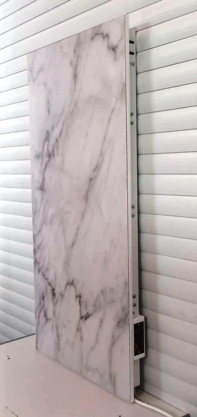 Белый керамический полотенцесушитель Флайм